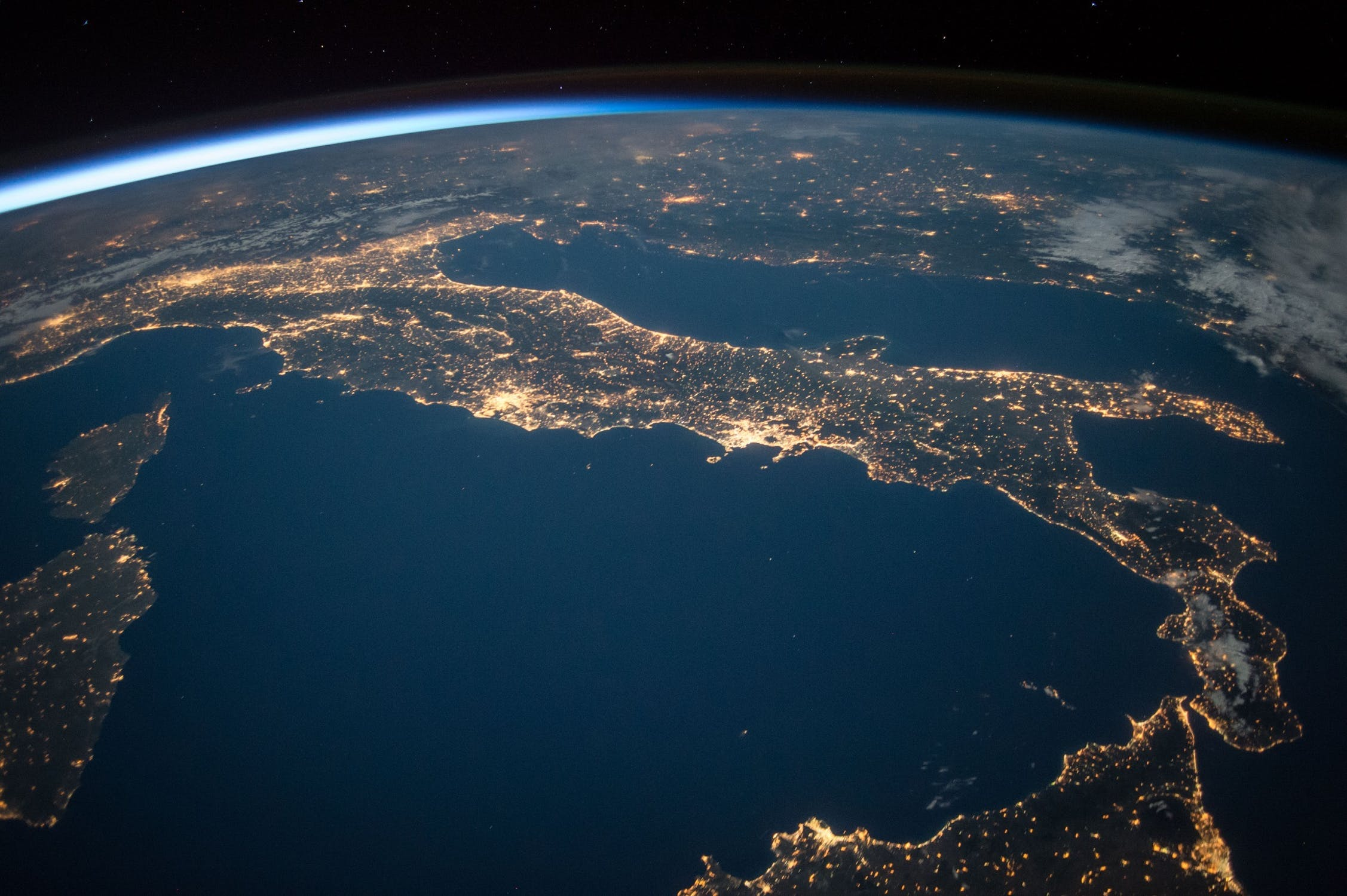 Earth Hour: Everything Global